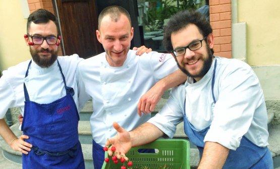 In rappresentanza del Ratanà, da sinistra Andrea Tirelli, il sous chef Luca De Santie Federico Sordo