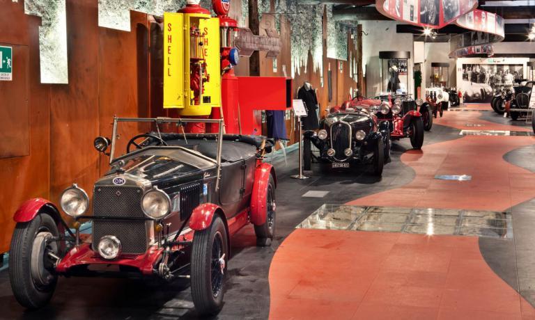 Il Museo delle Mille Miglia, aperto nel 2004, oltr