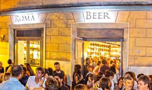 Roma Beer Company, in piazzale di Ponte Milvio a R