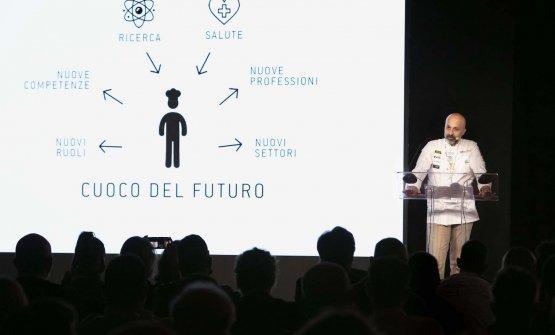 Niko Romito a Identità Milano traccia l'identikit del cuoco del futuro