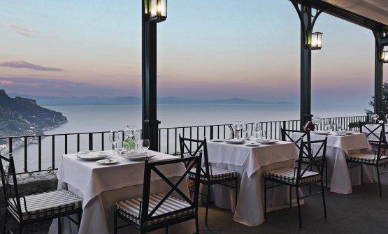 La vista dalla veranda del Rossellini's, a Ravello (Salerno)