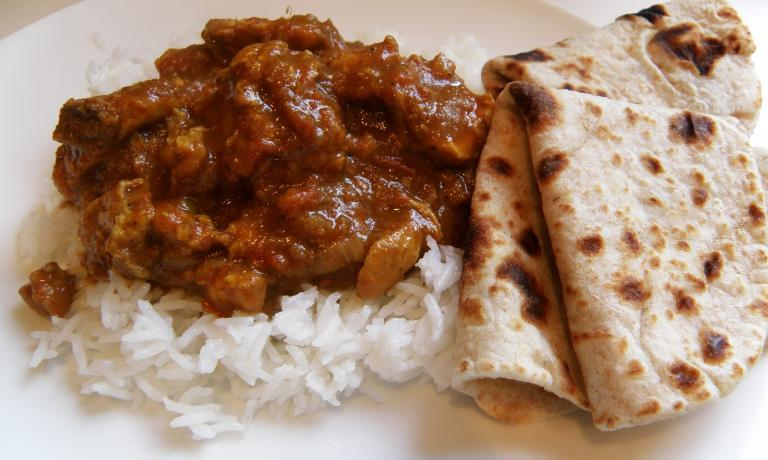 Rotis di pollo al curry, popolare esempio di cucina Malay (fotoitsallaboutfamilyandfood.blogspot.com)