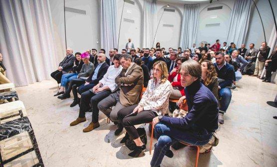 La platea: in prima fila si riconoscono Davide Oldani, Cristina Bowerman e Anthony Genovese