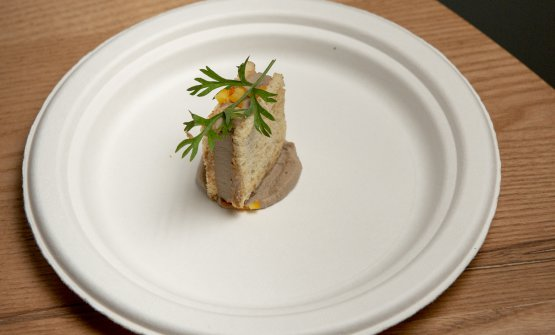 Sandwich di fegato