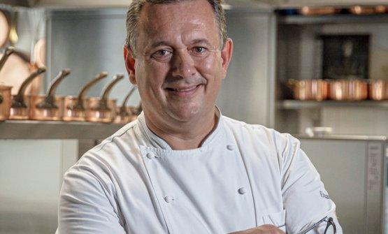 Lo chef Emanuele Scarello