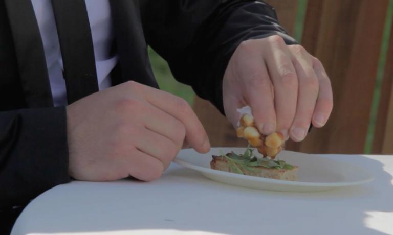 Un frame dal video originale Ail Glacè del Mugaritz (vedi qui)