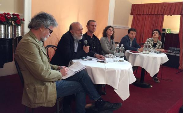 Carlo Petrini,fondatore di Slow Food(nella fot