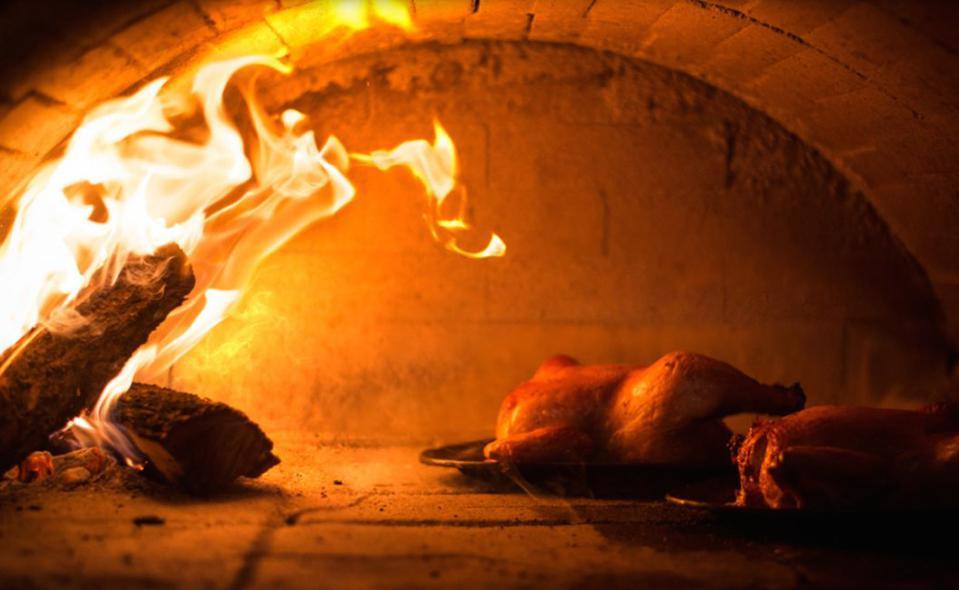Il pollo arrosto diZuni Café: fatto al momento, tempo di cottura di 60/70 minuti
