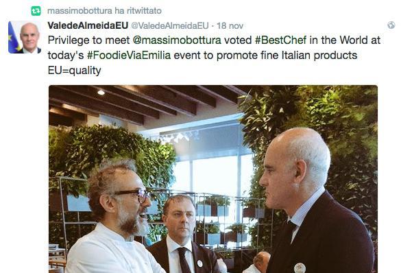 Il tweet di João Vale de Almeida:«E' un privilegio», ha dichiarato l'ambasciatore dell'Unione Europea all'Onu,«incontrare Massimo Bottura, il migliore chef del mondo oggi all'evento #FoodieViaEmilia, per promuovere i grandi prodotti italiani. EU=qualità»