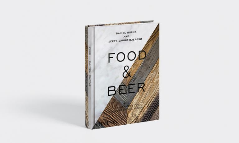 Food & Beer, volume in lingua inglese edito da Phaidon (33,96 eurosu Amazon)e firmato daJeppe Jarnit-Bjergsø eDaniel Burns, rispettivamente chefdanese ecanadese, responsabili diTørst e Luksus, birreria e ristorante con stella Michelina Greenpoint, Brooklyn, New York. Il libro tratta in modo sistematico degli abbinamenti tra cibo e birra, in 75 ricette