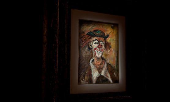 """«Ho chiamato il mio locale Il Pagliaccio, perché da sempre sono affascinato dalla figura del clown. E mi sembra rappresenti bene il ruolo odierno dello chef, che deve essere sempre allegro e """"andare in scena"""" qualunque cosa accada. Ma anche perché era il titolo di un quadro (nella foto) che mio padre aveva regalato a mia madre»"""