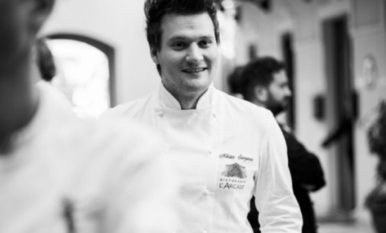 Nikita Sergeev,giovane chef de L'Arcade diPorto San Giorgio (Fermo). E' tra le sei novità marchigiane della Guida Identità Golose 2018