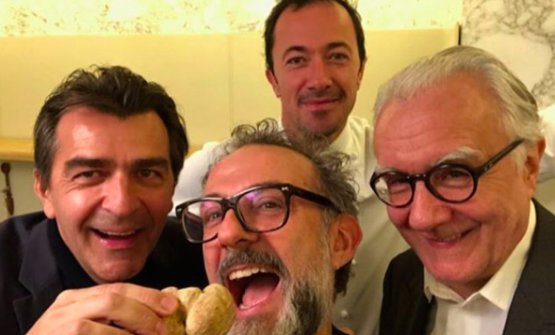 Left to right, Yannick Alleno, Massimo Bottura, Romain Meder and Alain Ducasse in a selfie taken a few weeks ago. The former two will speak at the 9th edition of Identità di Pasta, on Sunday 4th March, in Sala Blu 1, from 10.45 am to 5.30 pm