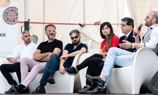 Dibattito con gli chef: a sinistra Fabio Vacca, Luigi Pomata e Stefano Deidda