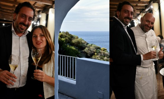 A sinistra,Luca Caruso con Natascia Santandrea, titolare del ristorante Tenda Rossa di Cerbaia, in Toscana. A destra sempre Luca Caruso, ma con Tony Lo Coco