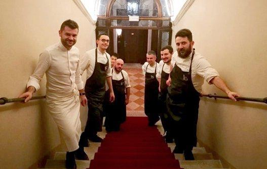 Ascani con Enrico Bartolini & staff