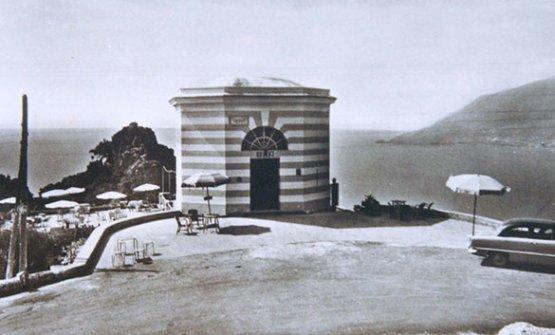 La struttura iniziale di Capo d'Orso in una foto d'epoca
