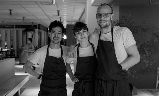Jessica conShui Ishizaka e lo chef Thomas Frebel, colleghi daInua(fotoinstagram)