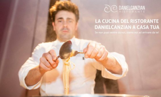 Daniel Canzian consegna a domicilio i suoi piatti con le istruzioni per rigenerarli