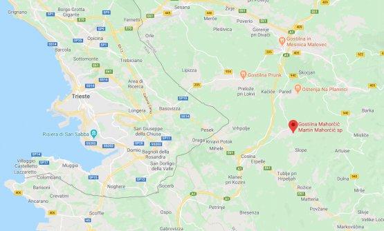 Il locale si trova a una ventina di km dal centro di Trieste