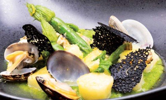 Gnocchi, cime di zucchine in doppia cottura e vongole al limone femminiello