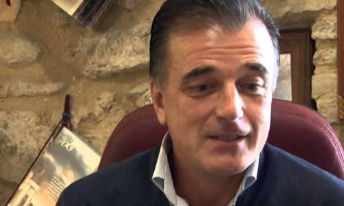 Un primo piano di Valentino Sciotti, patron dei vini Fantini by Farnese di Ortona (Chieti) e di altri 5 marchi del Sud-Italia che,  con circa 80 etichette,�nell'ultimo anno hanno venduto 20 milioni di bottiglie in 77 Paesi del mondo
