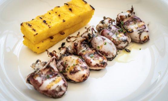 Seppioline alla griglia con polenta
