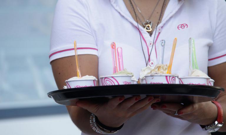 Parte domani, giovedì 29 settembre, e prosegue fino a domenica 2 ottobre l'ottava edizione di Sherbeth,il Festival Internazionale del Gelato Artigianale a Palermo. Tante degustazioni, poi cooking show, mostre, dibattiti e anche un concorso per il miglior gelato. Identità Golose ci sarà