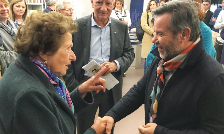 Il saluto tra Lucia Cavanna e Michel Troisgros