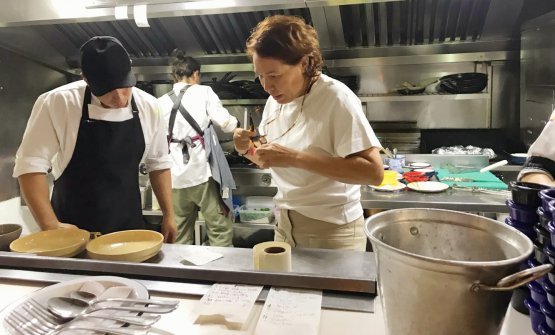 Leonor Espinosa at work in the kitchen of Misia