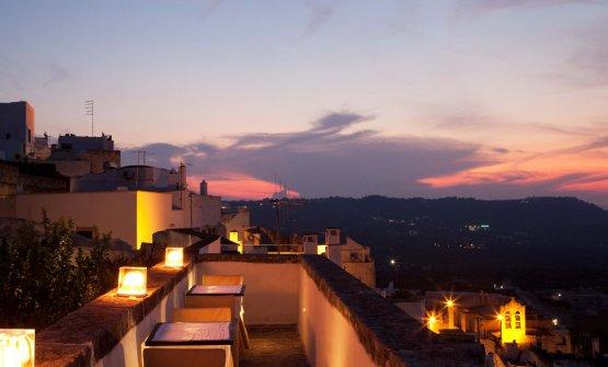 Panorama su Ostuni dal ristorante Cielo del relais La Sommità