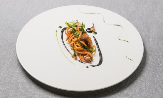 Spaghetti, polpo, bergamotto, jalapeno