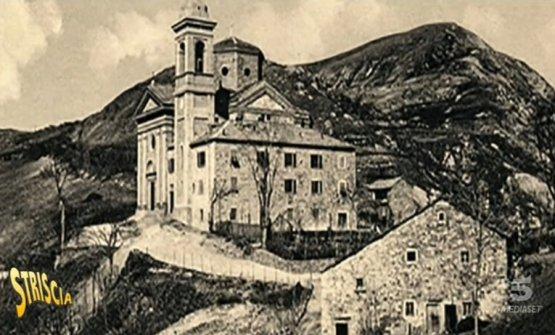 L'antico castello della famiglia Tarlati di Arezzo eretto nel Trecento a Pietramala, frazione del comune di Firenzuola in provincia di Firenze. A Pietramala si coltiva un superbo tipo di patata che lo chef Marco Stabile usa per il suo straordinario purè