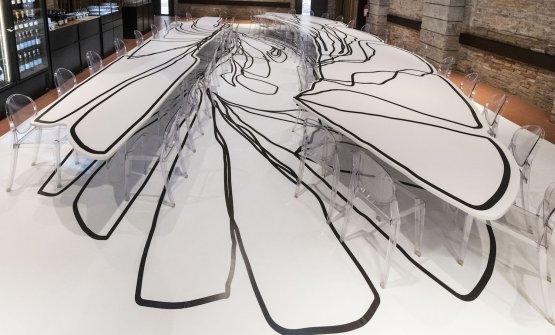 I tavoli-installazione diCameron Jamie