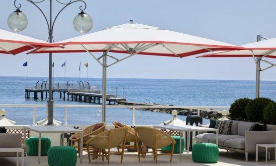 LaTerrazza Tropicana,doveLionello Ceraha inaugurato ilBistrot del mare by Cera