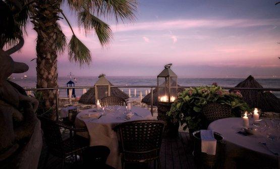 La bella terrazza esterna del ristoranteA Spurcacciun-a, all'interno del Mare Hotel