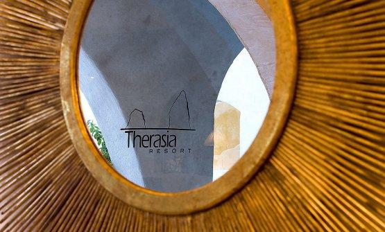 Immagini del Therasia Resort, splendida struttura a Vulcano, con vista su Lipari