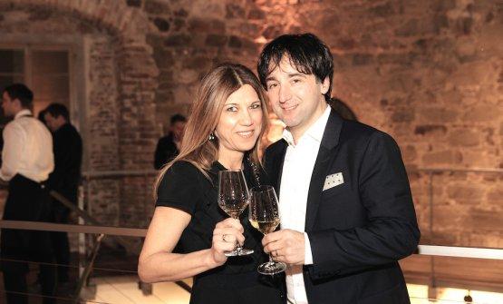 Tomaz Kavcic, primo chef sloveno a fare conoscere la cucina del suo Paese fuori dal confini nazionali oltre dieci anni fa, qui nella foto di Ziga Intihar con la moglie Flavia
