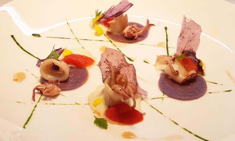 Totani e patate di Christoph Bob, cuoco di Amburgo