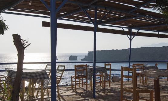 Tramonto dal ristorante Agios Pavlos a Creta, un o