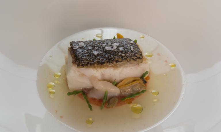 La terza portata del menu, Trancio di pescato secondo mercato alla mediterranea