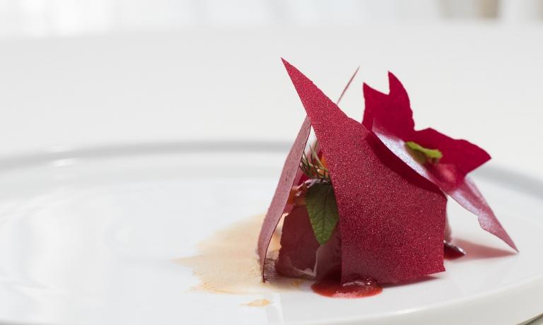 U me tonnu, uno dei piatti entrati nel menu estivo del ristoranteCharlestondi Palermo