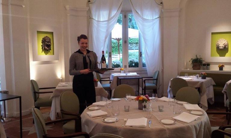 La giovane Giulia Fidone lavora in sala al Jardin de Russie, presso l'Hotel de Russie di Via del Babuino a Roma. In questo suo secondo articolo, dopo averci raccontato la sua storia, ci parla delle sue idee rispetto alla sua professione, che affronta dal primo giorno con grande impegno e dedizione