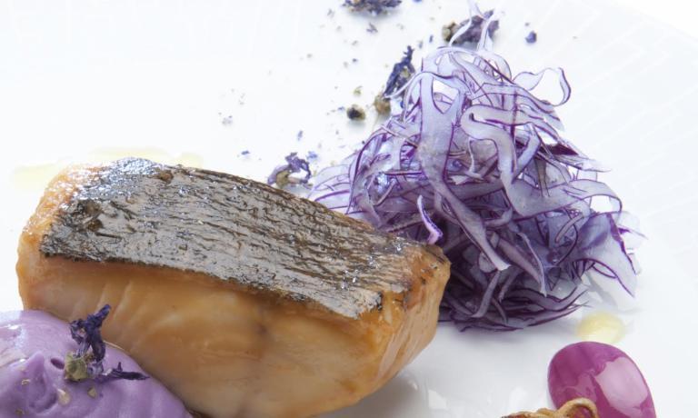 Merluzzo Nero con Panzanella in Viola (Blend Sabbia Salata)