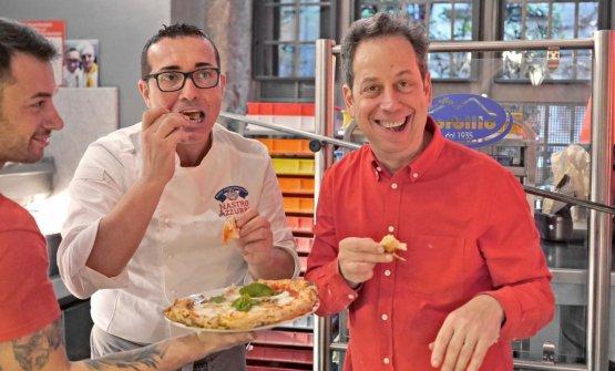 Daniel Young con Gino Sorbillo (foto Luciano Furia)