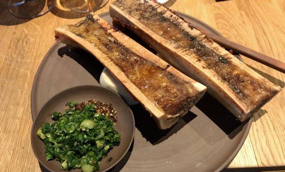 Bone marrow, gooseberry, parsley, wild garlic, crispy seeds