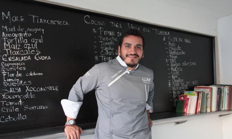 Francisco Molina, chef e patron di Evoka., che si