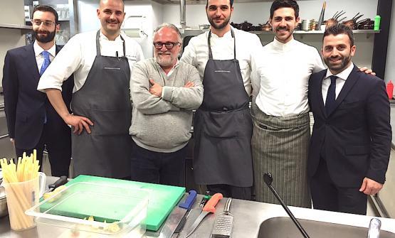 La squadra del resort Vallefredda, da sinistra verso destra: Samuele Florio, Daniele Di Domenicantonio, il padrone di casa Antonello Colonna, Enrico Betti, Matteo Del Brusco, infine Fabio Pelliccia