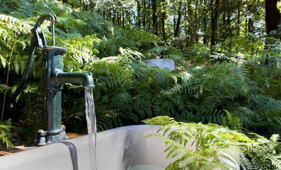 Una vasca nel bosco de La Subida
