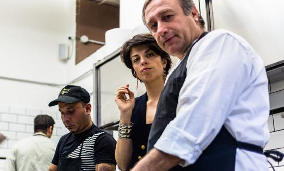 Vasiliki Pierrakea, la titolare greca del ristorante greco che a Milano porta il suo nome: Vasiliki